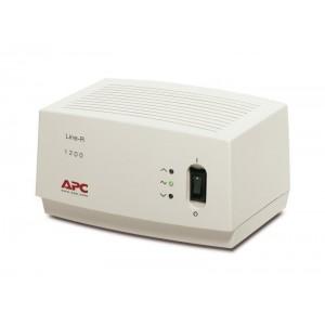 Stabilizator de tensiune APC 1200VA LINE-R